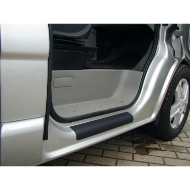 CARBEST Protection bas de porte Trafic 3